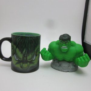 Incredible Hulk mug and money bank